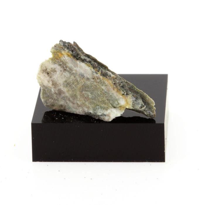 Pierre-Quartz + Fuchsite. 19.8 cts. Thetford Mines, Québec, Canada