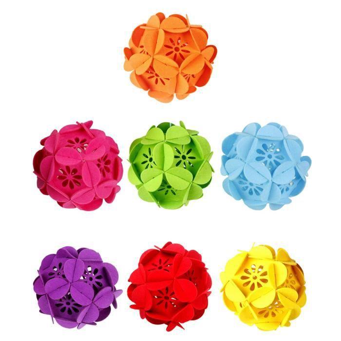 7pcs tissus en feutre boule de fleurs suspendus pendentifs en feutre décoration de fleurs boule de fleurs de Noël (grande taille r