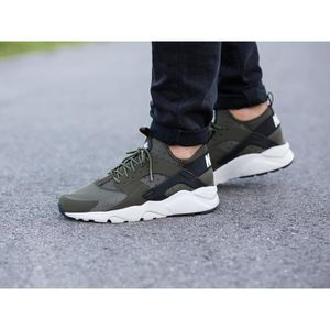 BASKET Baskets Nike AIR Huarache Run Ultra, Modèle 819685