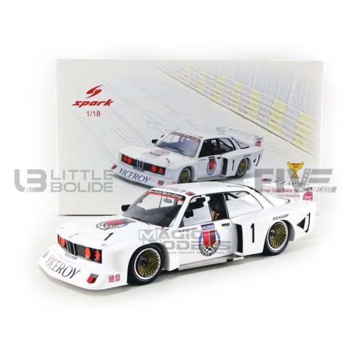 Voiture Miniature de Collection - SPARK 1/18 - BMW 320 - Winner Macau Guia Race 1981 - White - 18MC81