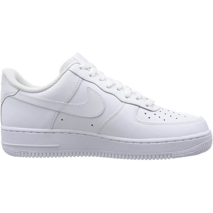 Soldes > chaussures blanches nike > en stock
