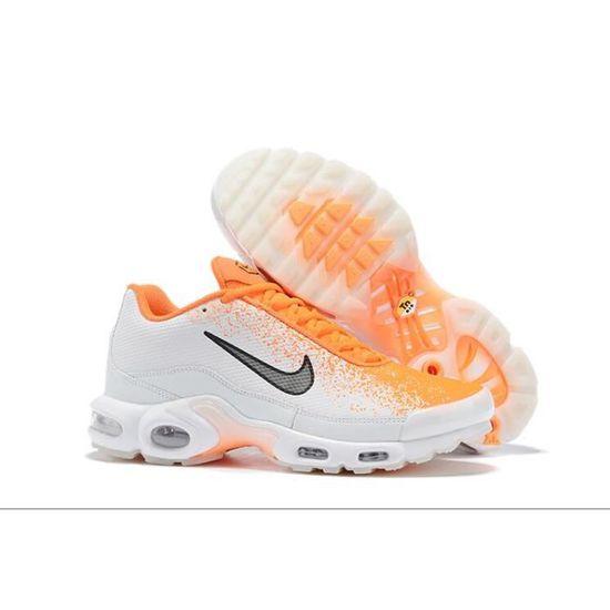 chaussure homme tn nike orange