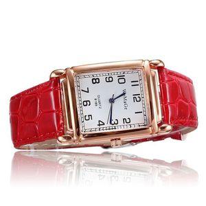 Montre femme bracelet cuir rouge