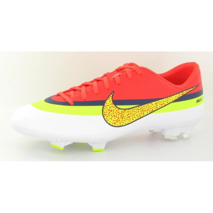 chaussure de foot nike victor