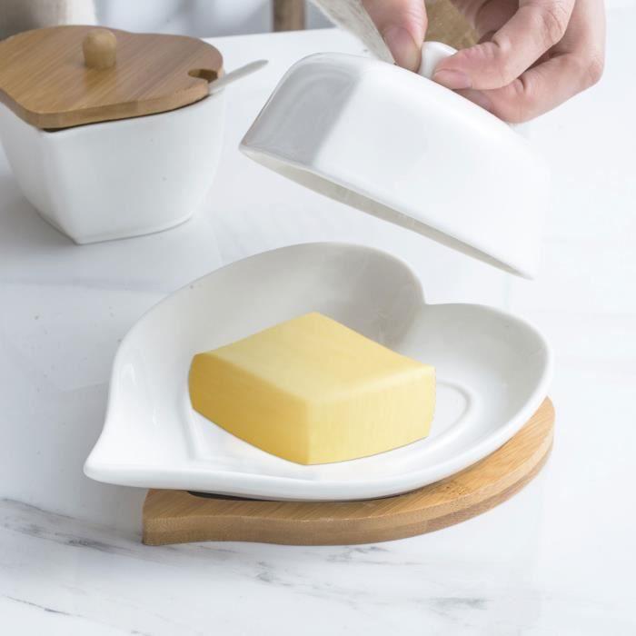 Plat à beurre en céramique de boîte à beurre blanche pure d'amour créatif de plateau en bois avec le couvercle TRH13432