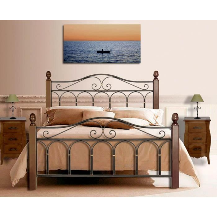 lit faits en fer forg et bois mod le afrique achat. Black Bedroom Furniture Sets. Home Design Ideas