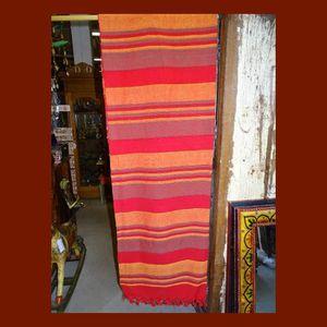 COUVERTURE - PLAID Dessus de lit kerala Rouge et orange pastel