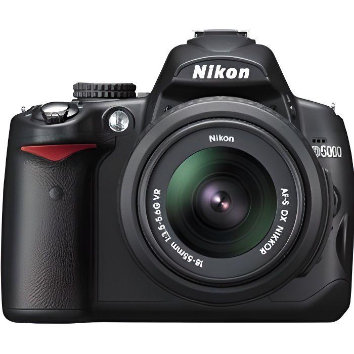 Nikon D5000 + AF-S DX NIKKOR 18-55 mm VR