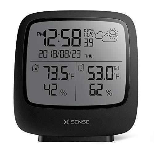 X-Sense Station météo sans Fil d'Une portée de 150 mètres, Grand écran LCD rétroéclairé, Horloge Atomique, indicateur précis de la
