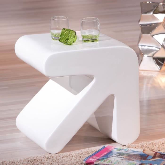 Table basse de salon d appoint design moderne forme fl che for Table d appoint moderne