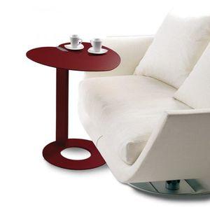 BOUT DE CANAPÉ Bout de canapé COEUR design rouge marsala.