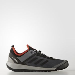 Chaussures adidas TERREX Swift Solo Prix pas cher Cdiscount