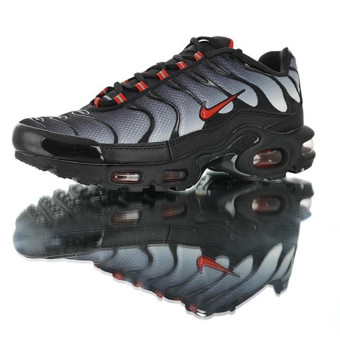 Nike Baskets Air Max TN Plus Chaussures de Course homme noir gris ...