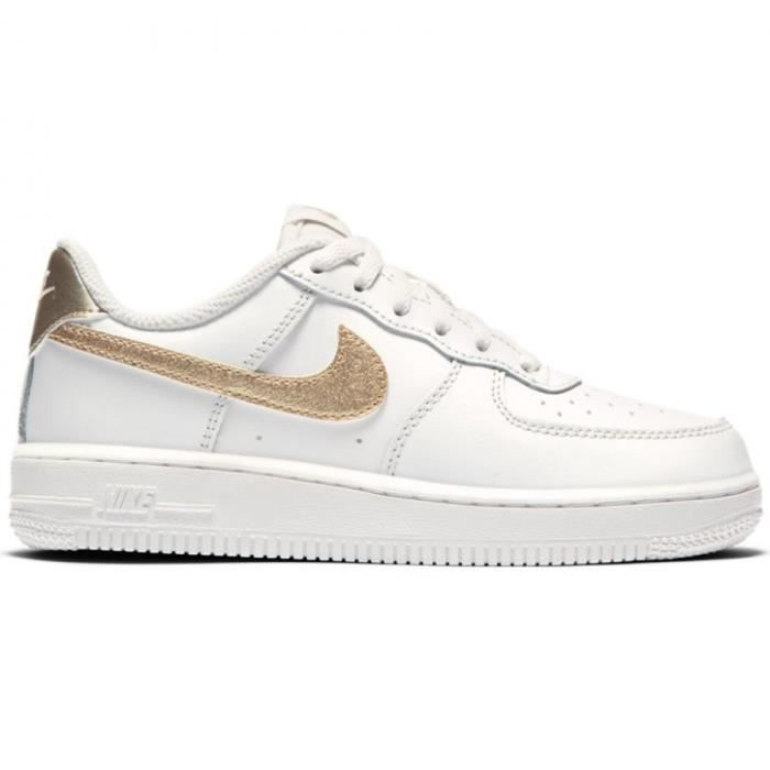 brand new 173bf 9127d BASKET BASKETS ENFANT NIKE AIR FORCE 1 (PS) (BLANC. Cette sneaker blanche  ...