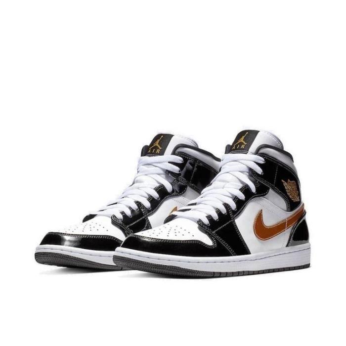 Air Jordan 1 Mid Chaussures de Sport Basket AJ 1 Pas Cher pour Homme Femme Noir