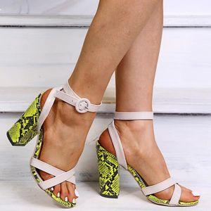 Femmes Sandales noir taille 39 vernis Satin Talons Hauts Sandales Fête k160-17 NEUF