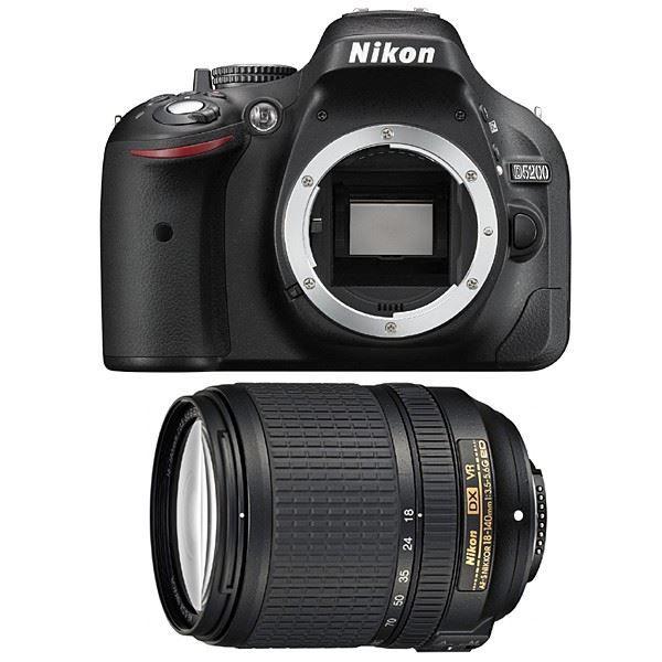 NIKON D5200 + 18-140 VR