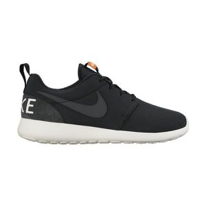 100% authentic 3b788 1583a BASKET Basket NIKE ROSHERUN RETRO - Age - ADULTE, Couleur