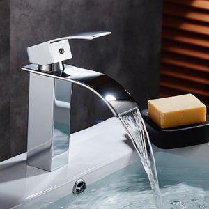 Blanc EN PLASTIQUE ABS de bonne mat/ériaux droites robinet pour /évier de cuisine de salle de bain Lavabo Accessoires G1//2/Connexion seul robinet deau froide