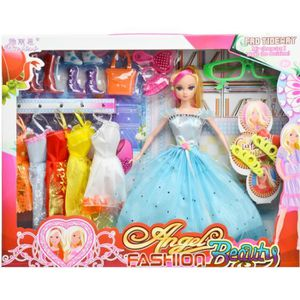 Set de poup e barbie vetements talons hauts sac peluche la - Barbie reine des neiges ...
