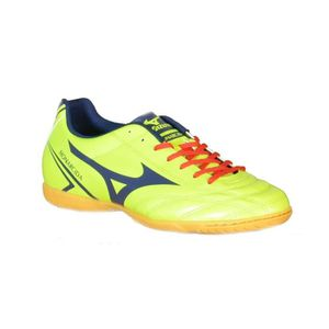 Cher Chaussures Vente Football Pas Achat wIqIRr