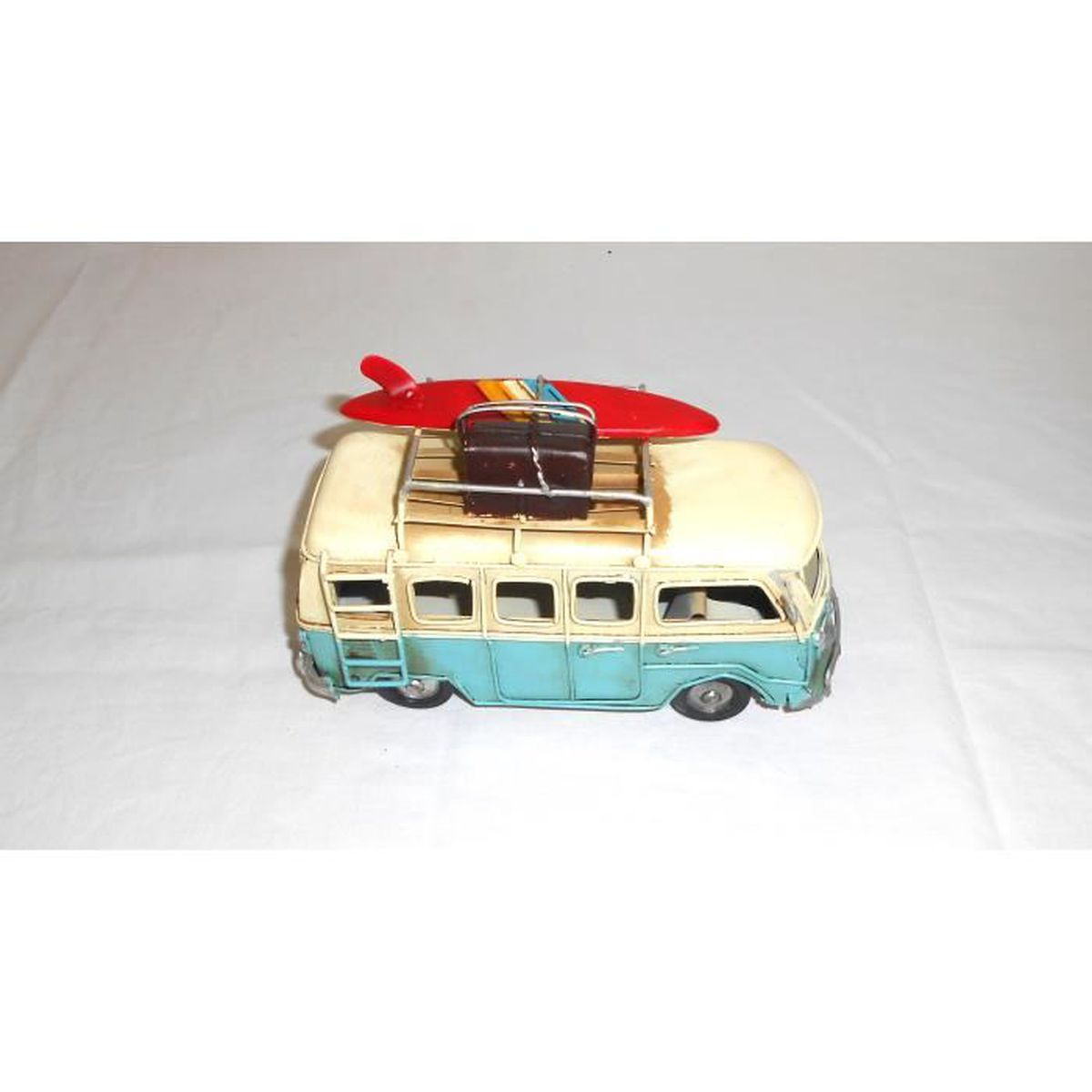 Van Miniature En Metal Bleu Planche A Voile 11x6x16 Cm Achat Vente Objet Decoratif Cdiscount