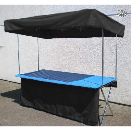 Table pliante de marche table de lit a roulettes for Stand pliant