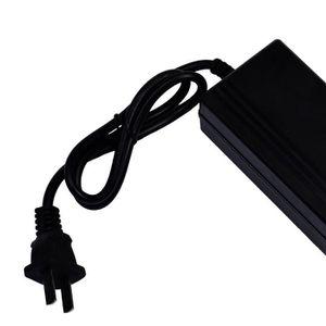 CHARGEUR CD VOITURE Chargeur de voiture   12 Volt Car Battery Charger