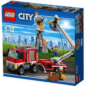 ASSEMBLAGE CONSTRUCTION LEGO® 60111 City : Le camion d'intervention des po
