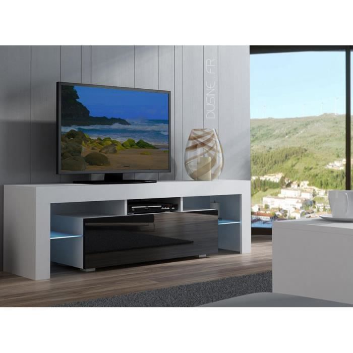 meuble tv spider avec son look innovatif et ses lignes pures l gants m langes des couleurs. Black Bedroom Furniture Sets. Home Design Ideas