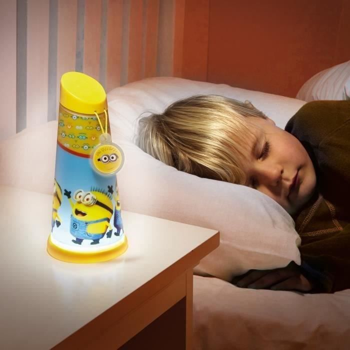 les minions goglow lampe enfant veilleuse torche achat vente lampe a poser cdiscount. Black Bedroom Furniture Sets. Home Design Ideas
