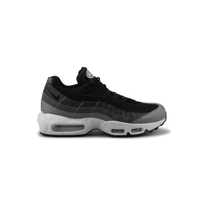 BASKET Basket Nike Air Max 95 Essential Noir 749766-021