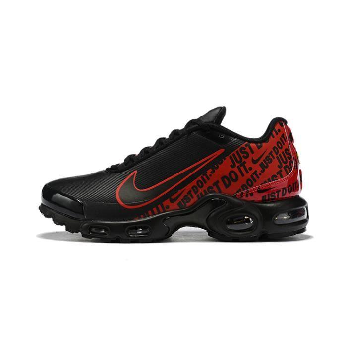 Baskets Nikes Airs Max Plus TN Chaussures pour Homme Noir ...