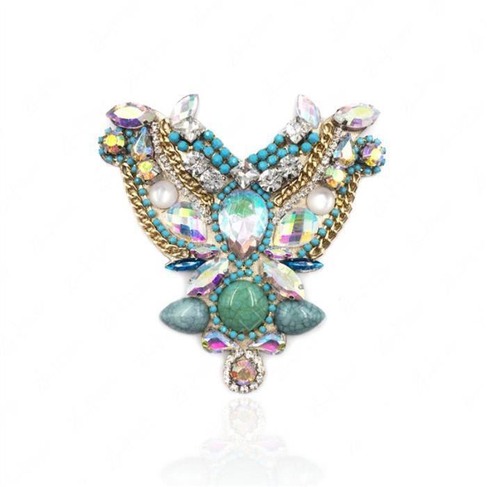 Une jolie métal papillon pince clip pour cheveux avec rose cristaux pierres
