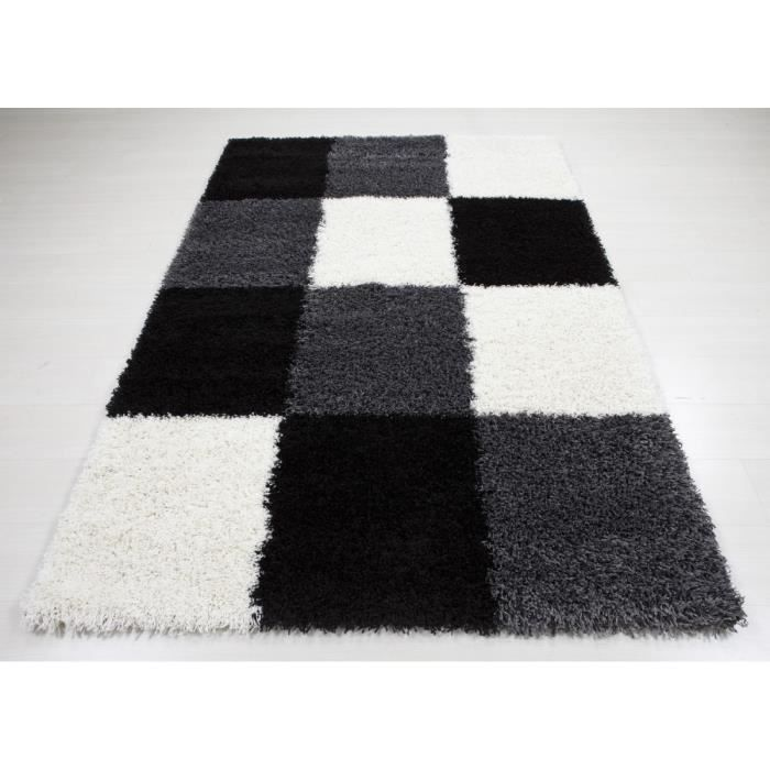 allotapis tapis en damier shaggy noir et blanc deauville. Black Bedroom Furniture Sets. Home Design Ideas