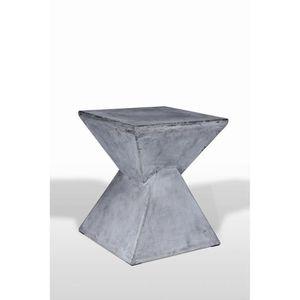 TABOURET Tabouret en béton décoratif - formes triangulaires