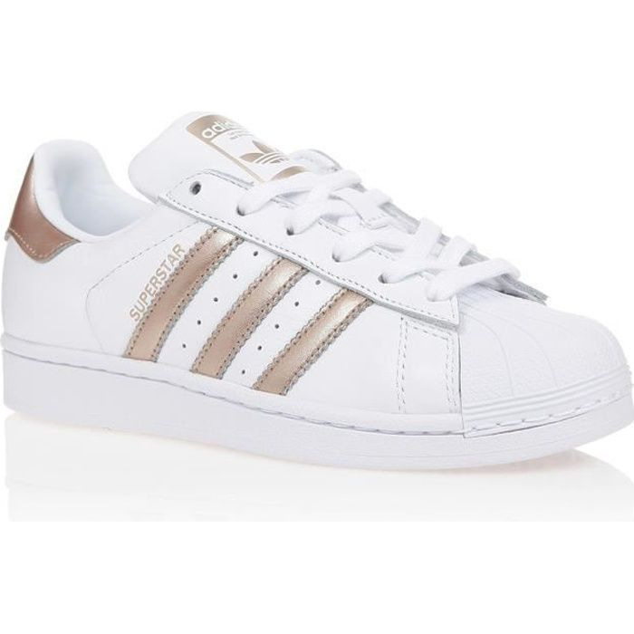 ADIDAS ORIGINALS Baskets Superstar - Femme - Blanc et doré