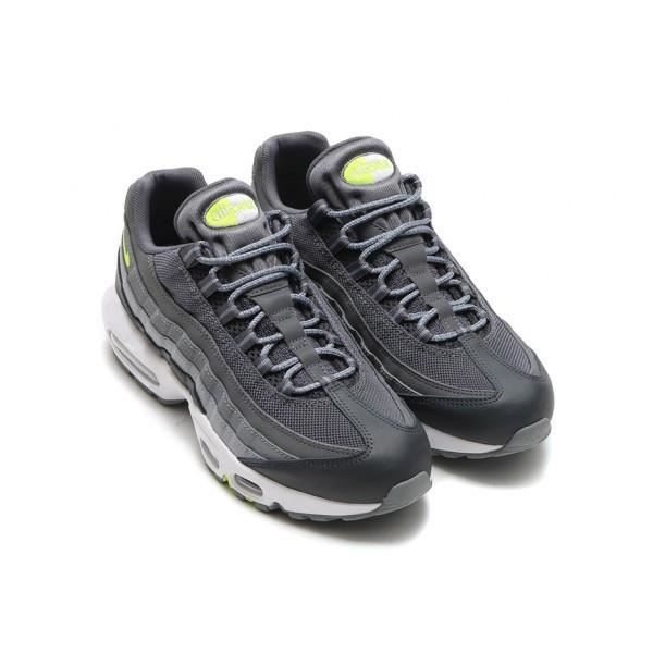 Détails sur Haut Femme Nike Air Max 95 Winter Running Baskets 880303 700 Baskets Chaussures afficher le titre d'origine