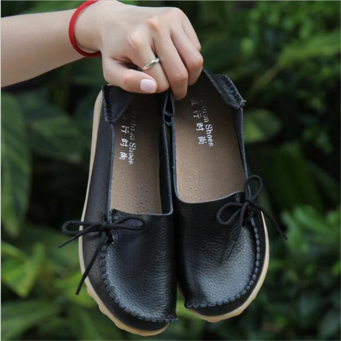 Loafer femmes Cuir perforé Nouvelle Mode Respirant Confortable Durable Antidérapant Chaussure femmes Marque De Luxe Loafers cuir
