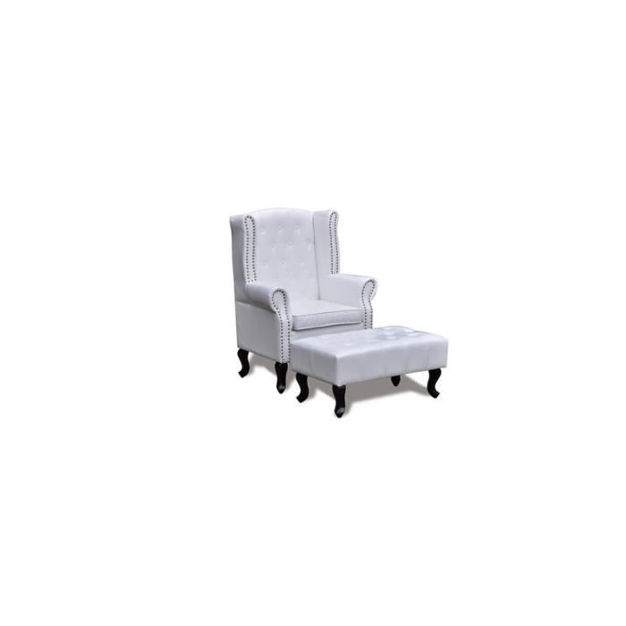 fauteuil chesterfield capitonn avec ottoman assorti blanc. Black Bedroom Furniture Sets. Home Design Ideas