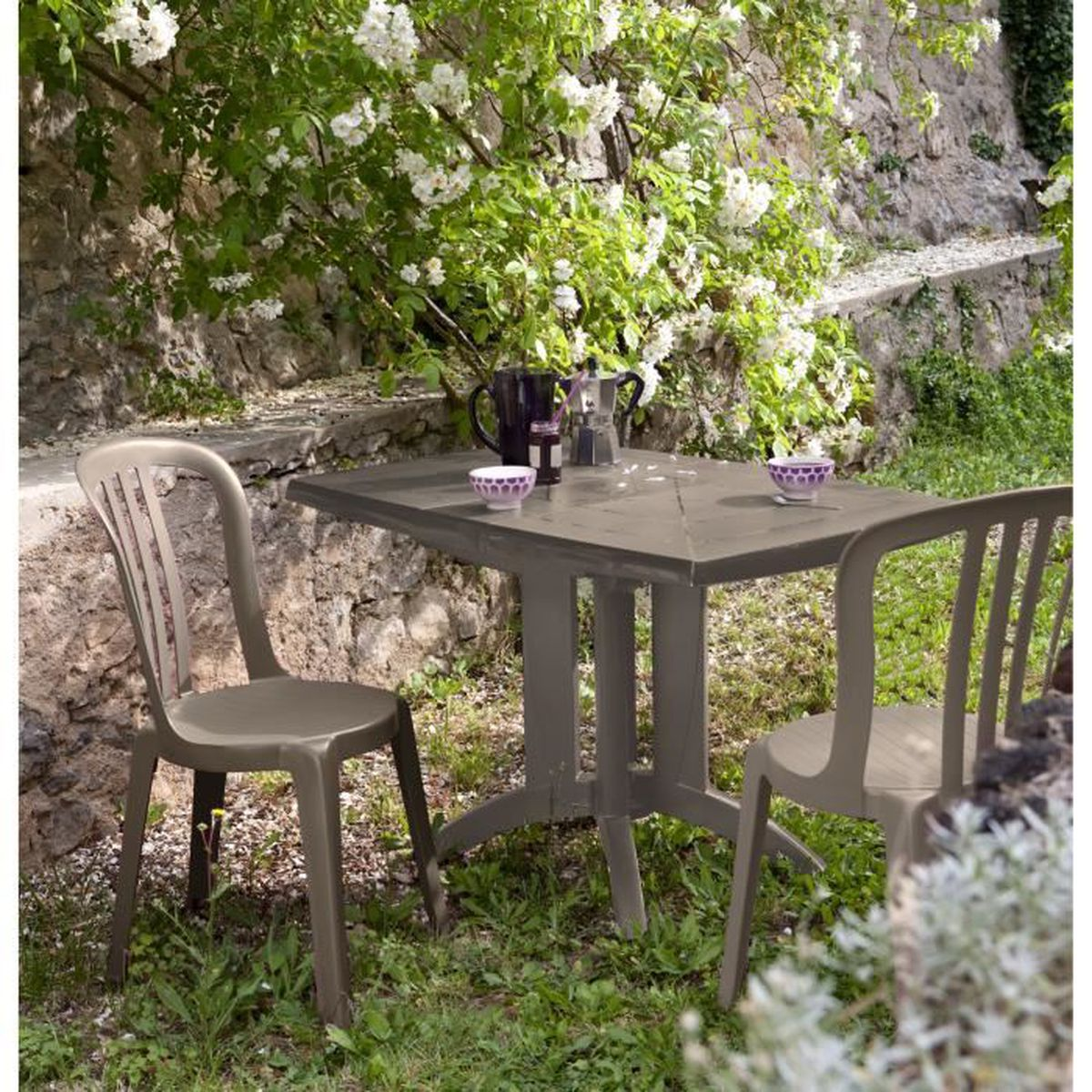 Salon de jardin: Table VEGA taupe + 2 chaises MIAMI Bistrot taupe