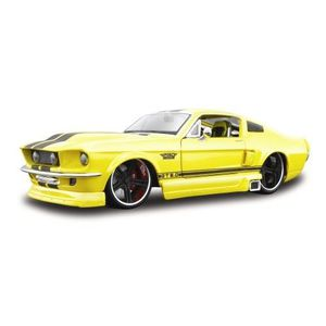 ford mustang maquette achat vente jeux et jouets pas chers. Black Bedroom Furniture Sets. Home Design Ideas