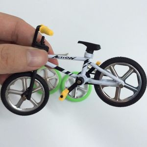 FINGER SKATE - BIKE  Jouet finger vélo blan montagne avec outils bicycl