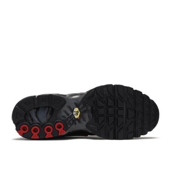 Chaussure Nike Air Max TN Plus TXT Baskets de Running Homme NOIR ...