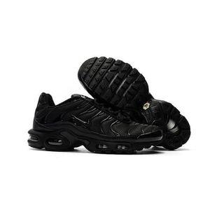 BASKET Nike Air Max Baskets Plus TN Chaussures de running