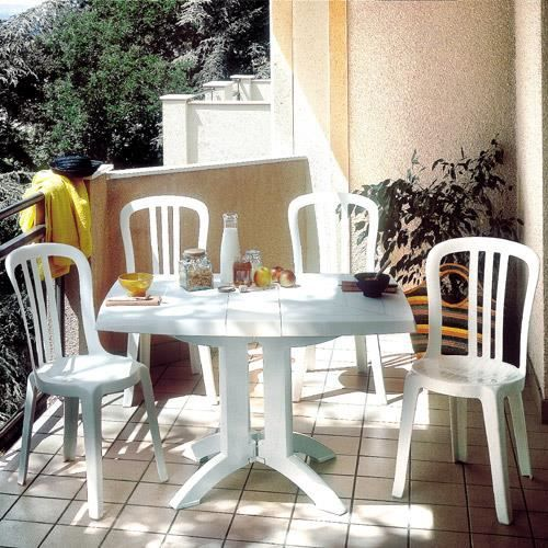 salon de jardin table vega blanche 4 chaises bistrot. Black Bedroom Furniture Sets. Home Design Ideas