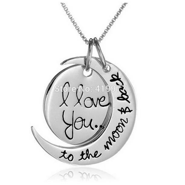 pendentif i love you to the moon and back