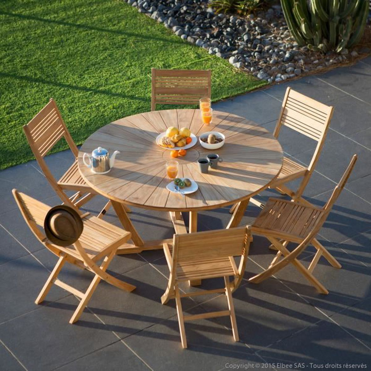 Salon de jardin 6 places en teck brut : table ronde 140cm + 6 ...