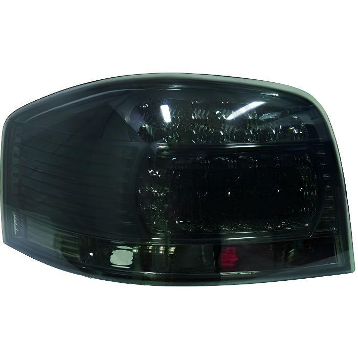 1031898 , Paire de feux arrière noir pour AUDI A3 de type 8P de 2003 a 2008