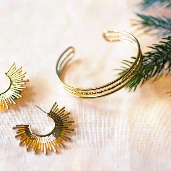 blanc Taille L cadeau danniversaire//No/ël pour bagues//collier Pr/ésentoir /à bijoux // porte-bijoux en forme d/'arbre avec motif de cerf Sika